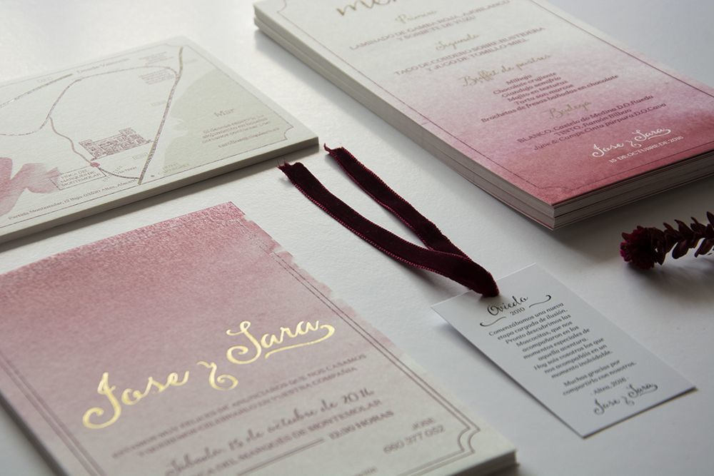 Papelería de bodas realizada con acuarela y estampación en dorado, para una boda de Sí! Quiero Wedding Planners