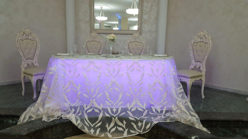 Tavolo d'onore sala Michelangelo