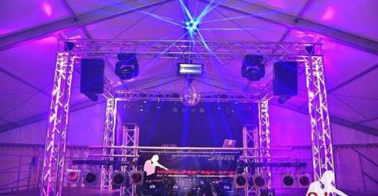 Ton- und Lichttechnik mit Traversenkarree - Veranstaltungstechnik kann schön sein!