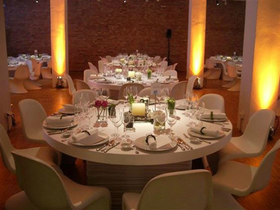 Beispiel: Bankett - Runder Tisch, Foto: Spreespeicher.