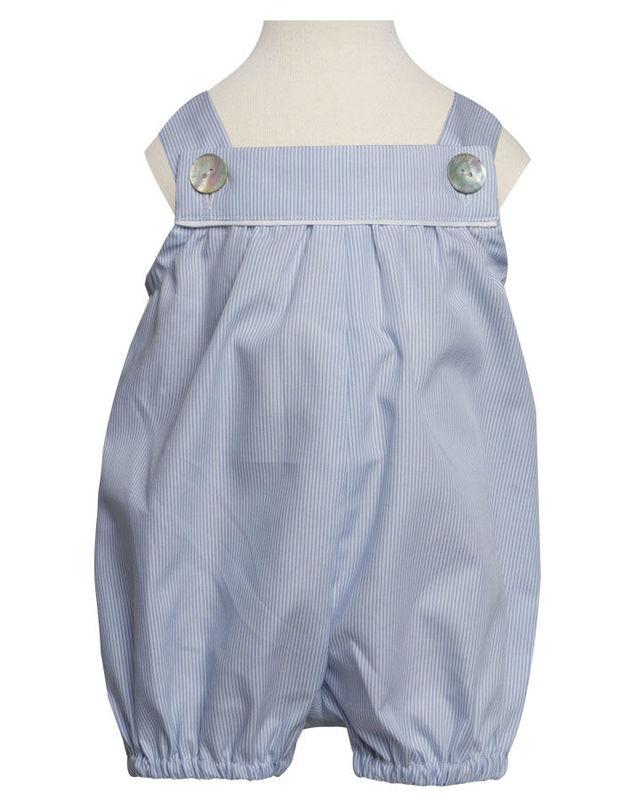 Beispiel: Festliche Kleider, Foto: tausendkind.