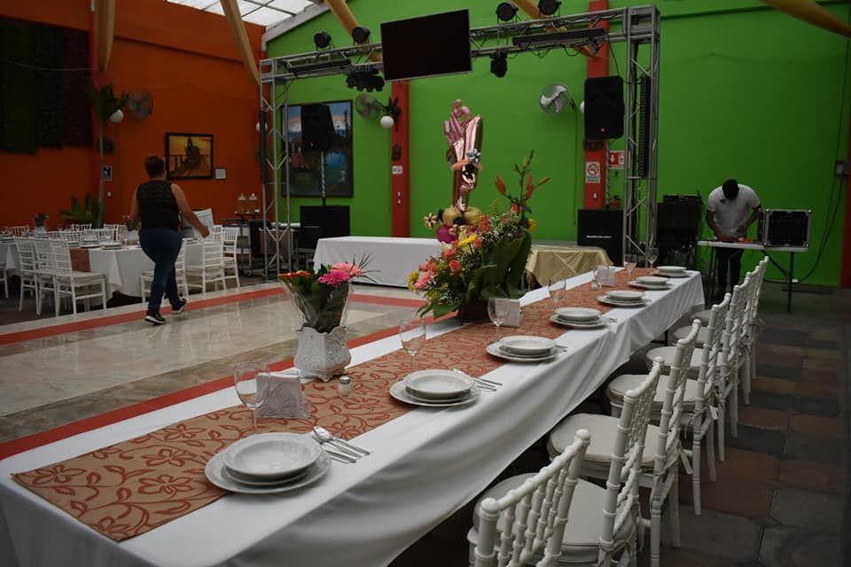 Salón Floresta Tláhuac