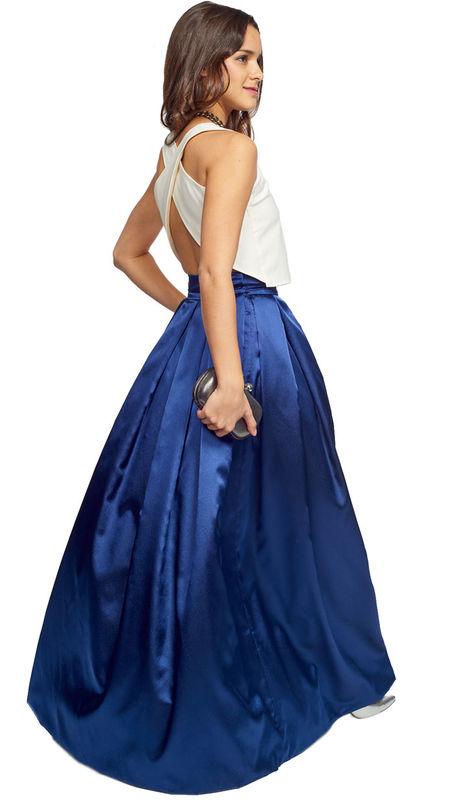 Falda larga zul metaizada perfecta para damas de honor o hermana de la novia. Disponible en varias tallas y tamaños: http://www.dresseos.com/alquiler-vestidos-para-fiesta-boda-o-evento-formal/faldas/falda-larga-azul-invitada-dresseos