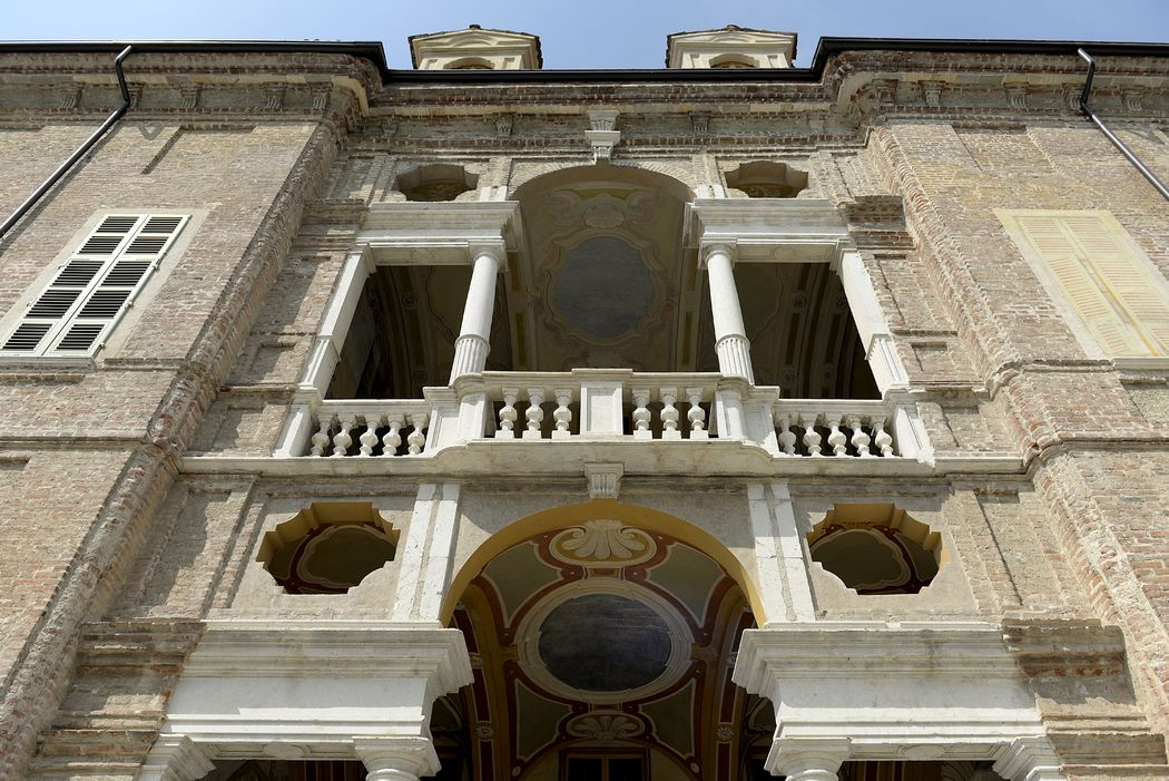 Serena Obert Weddings & Events |  Abbiamo selezionato per il vostro matrimonio da sogno le location più romantiche siano esse ville d'epoca, castelli o sontuosi palazzi.