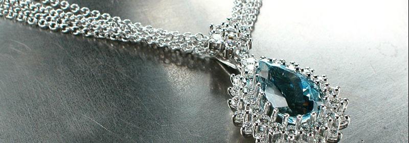 Beispiel: Wertvoller Schmuck für Ihren großen Tag, Foto: Juwelier Reiher.