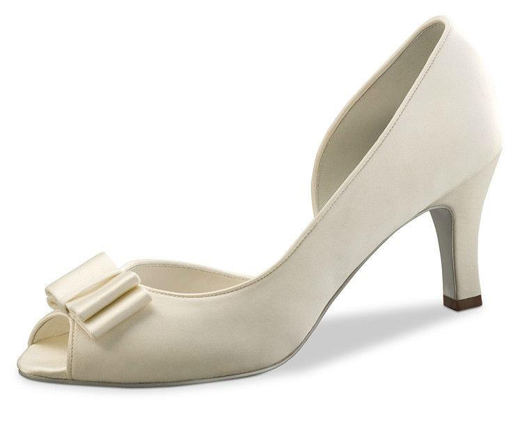 Beispiel: Der Schuh für Ihren unvergesslichen Tag, Foto: Passion Dance.