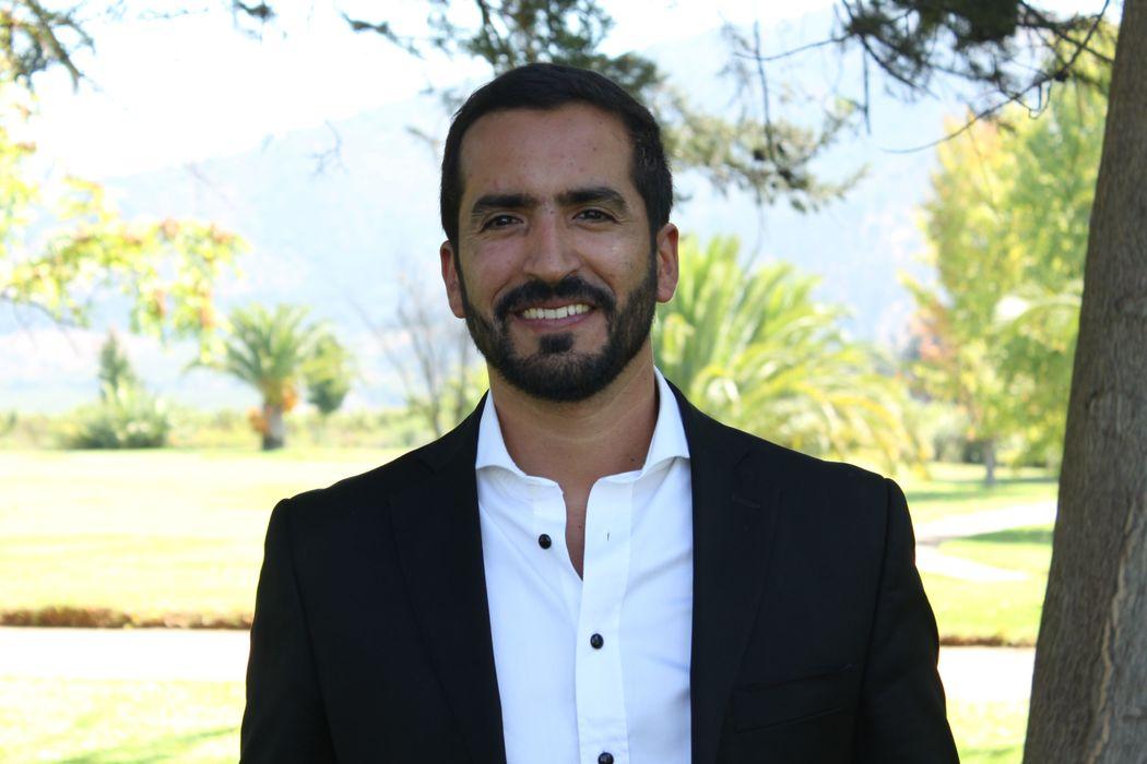José Tomás Moscoso - Director, pianista y arreglista del grupo
