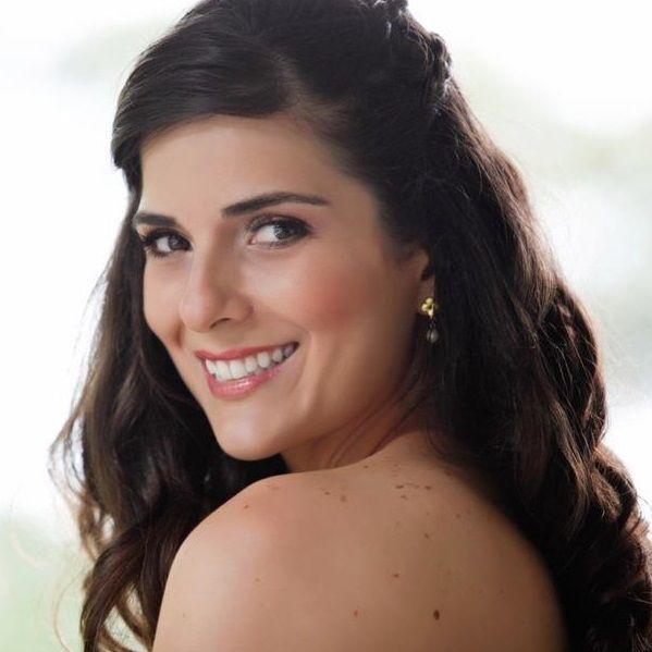 Juliana Bravo Maquilladora Profesional-Cartagena