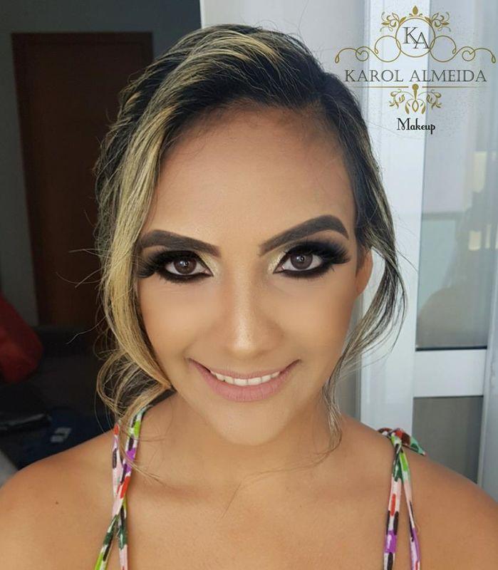 Karol Almeida Make Up