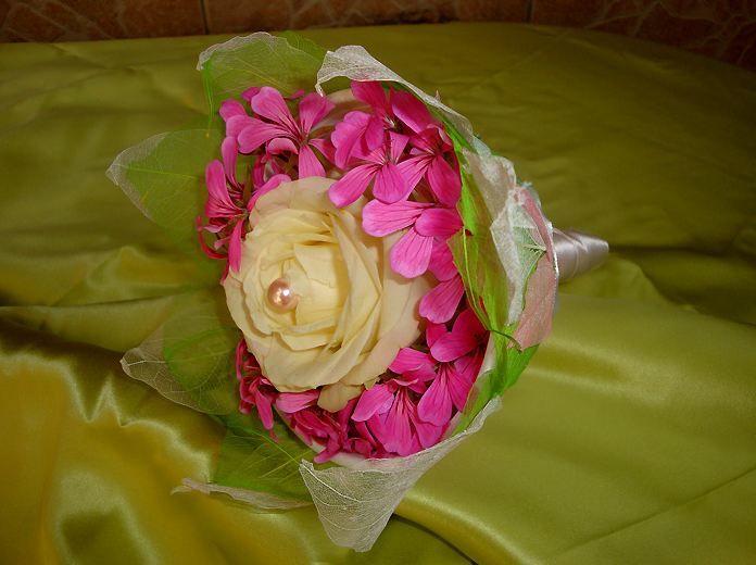 Bouquet de demoiselle d'honneur - Tiges et Pétales
