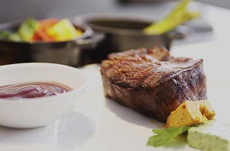 Beispiel: Gastronomie, Foto: Hotel New Berlin.