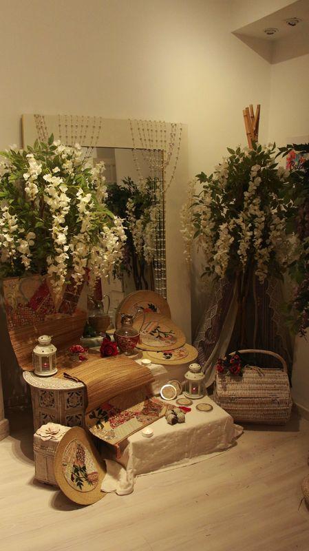 BelénBohemeDeco. Nuestra wishlist de diseños artesanos y originales. te va a enamorar! Menajes de mesa, biombos, sillas colgantes y cestas de picnic,  crearán rincones bohemios y especiales en tu nuevo hogar.