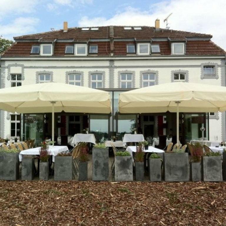 Beispiel: Außenansicht - Terrasse, Foto: Hotel Restaurant Seeterrassen Wandlitzsee.