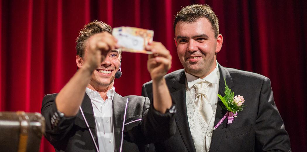 Bühnenshow mit Hochzeits-Zauberer Dan Berlin