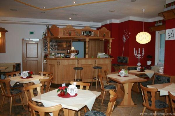 Beispiel: Restaurant, Foto: Schützenhaus Bürgel.