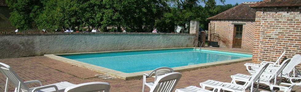 piscine ouverte du 15.06 au 15.09