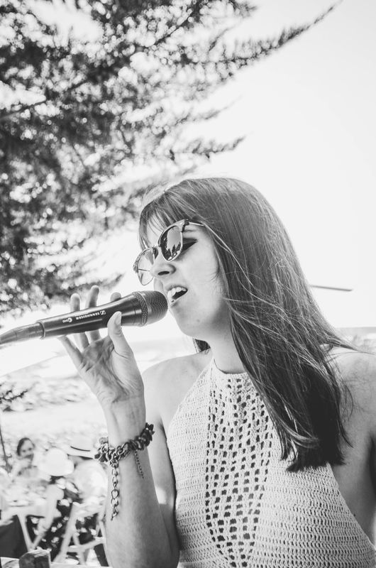 Cantando