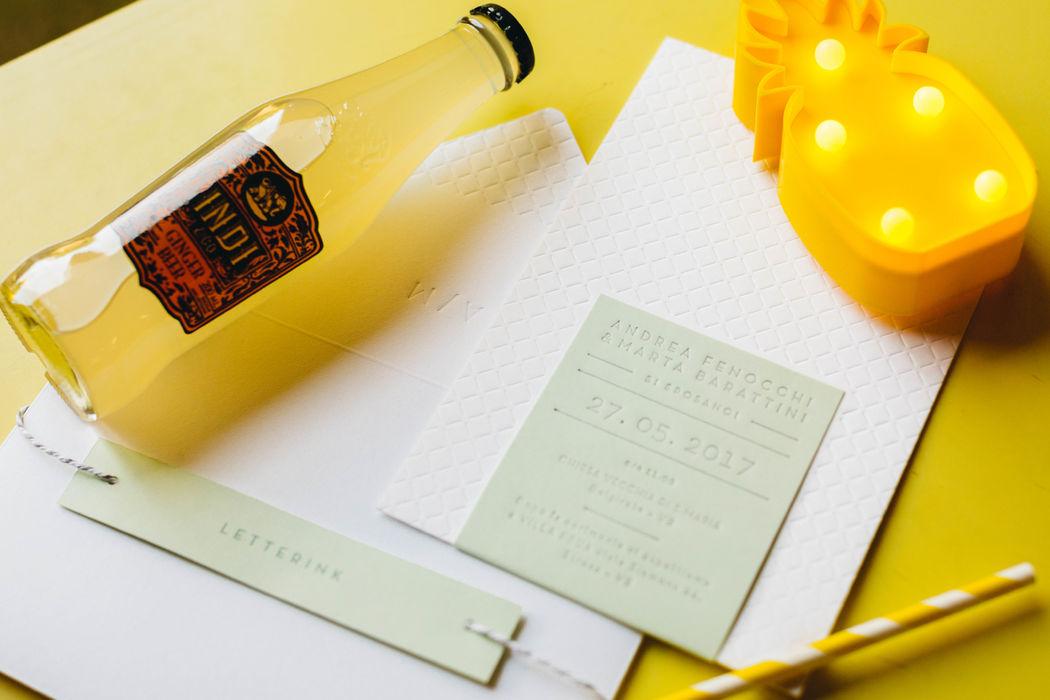 Andrea e Marta | Wedding Stationery Carta 100% cotone Gmund Cotton Linen Cream 600g/m + Favini Burano Pistacchio Stampa Letterpress colore + stampa a secco