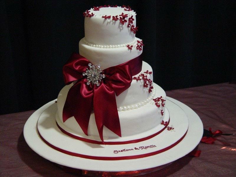 Beispiel: Hochzeitstorte, Foto: Die Tortenmanufaktur.