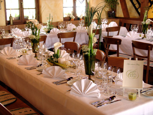Beispiel: Tischdekoration, Foto: Table-Service.