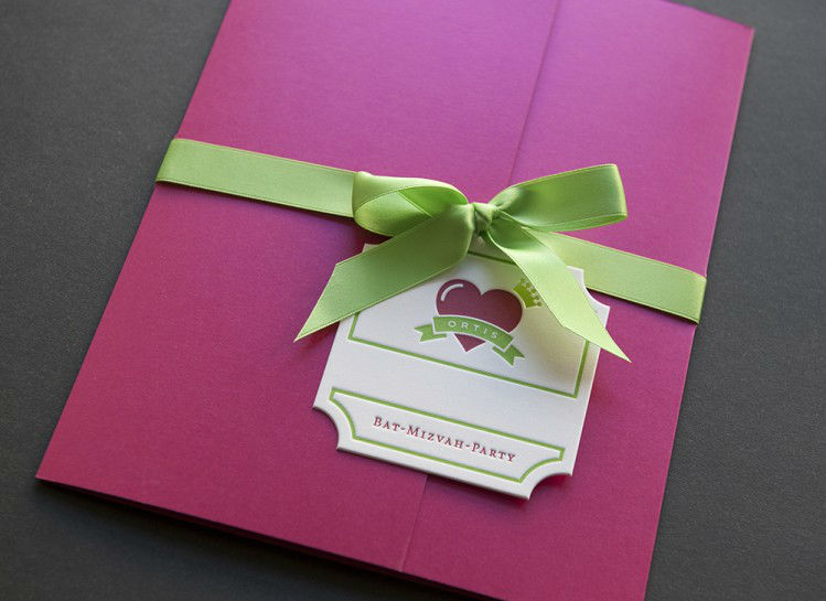Beispiel: Einladungskarte, Foto: Herz & Co.