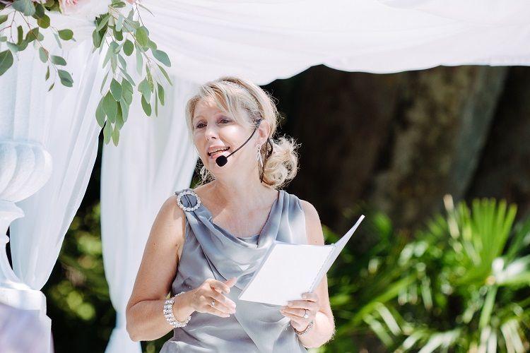 Zeremonienleiterin Nicole Hermann