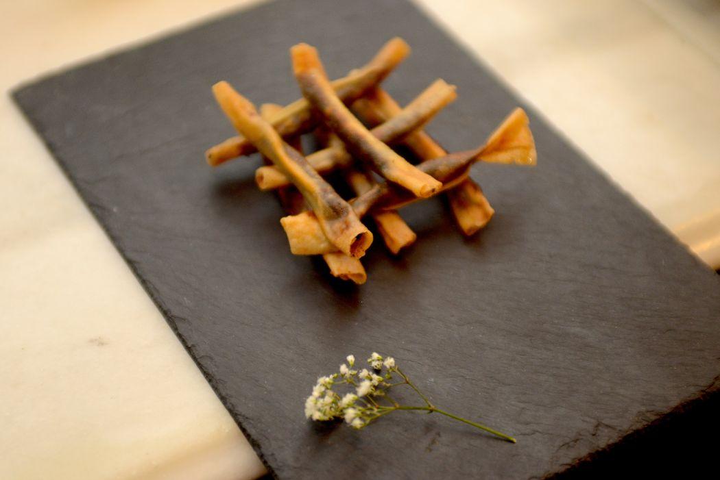 Gastronomia: Cigarritos de Morcilla con Manzana