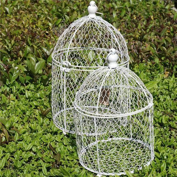 Jaulas, cajas de madera, centros de mesa originales... todo lo que necesitas para decorar la boda. http://www.airedefiesta.com/list.aspx?c=825&hc=28&md=2