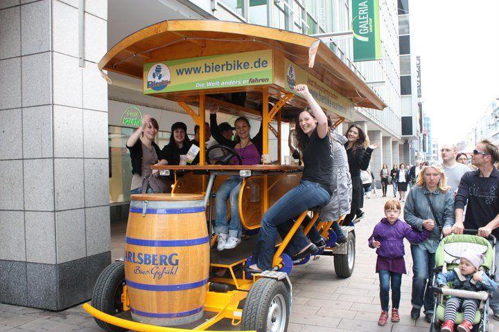 Beispiel: Radeln und Bier trinken, Foto: BierBike Saarland.