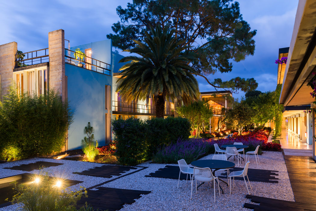 Jardín de Hotel b¨o