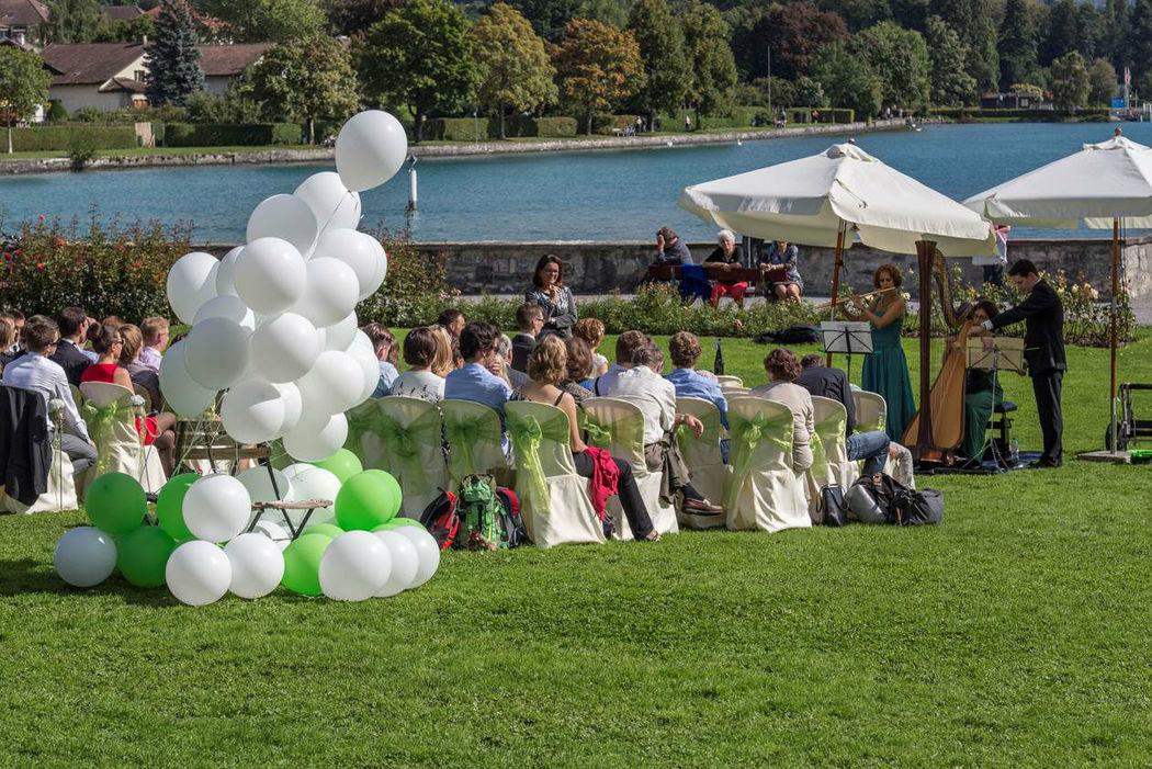 Beispiel: Freie Trauungszeremonie, Foto: Zeremonie des Lebens.