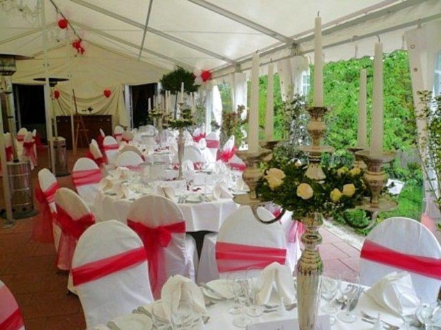 Beispiel: Hochzeitsgedeck, Foto: Landgut Buschmühle.