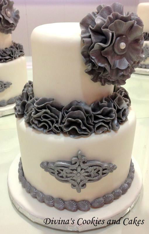 Divina's Cakes