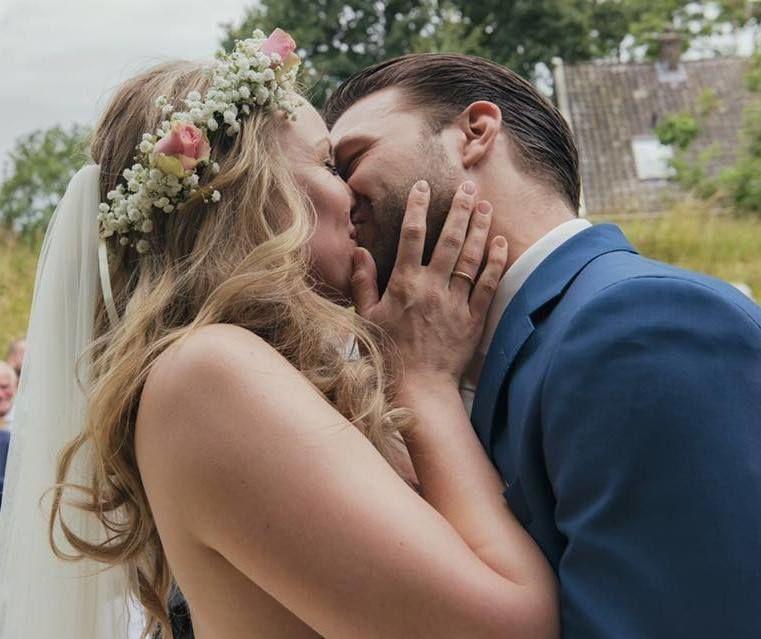 Wedding M&V