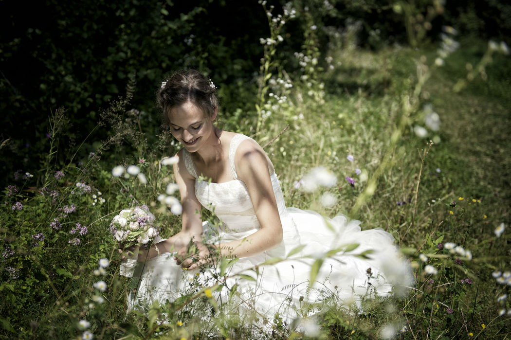 Paarshooting im Zehendermätteli, Foto: Sam Bosshard Fotografie.rtige Hochzeitsfotos, Foto: Sam Bosshard Fotografie
