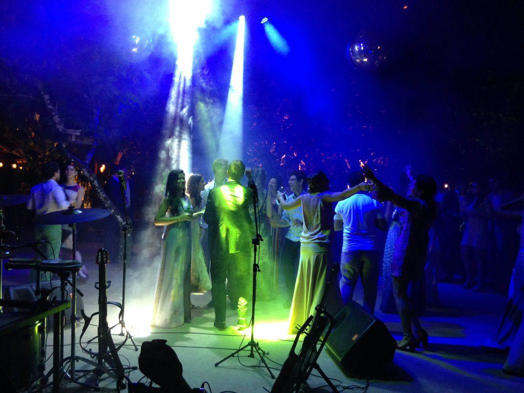 Pista de Dança - 15/08/2015 Cacau Restaurante -  Julia e Emilio -Trancoso - Bahia