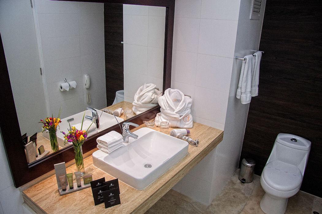 Bathroom Junior Suite King Foresta Hotel Lima San Isidro