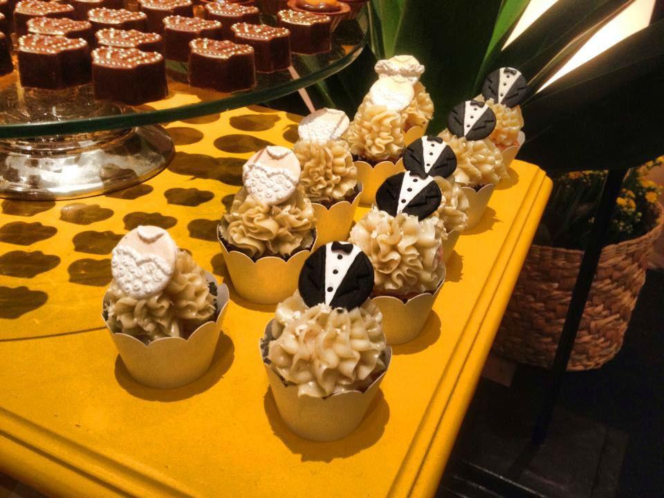 Mini Cupcakes de Noivo e Noiva