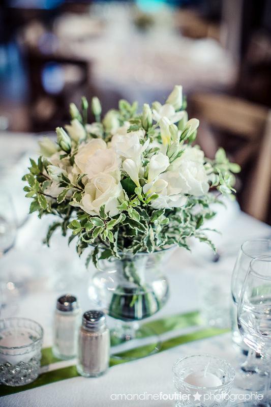 centre de table Mille et une organisations de prestige Décoration mariage, centre de table florale