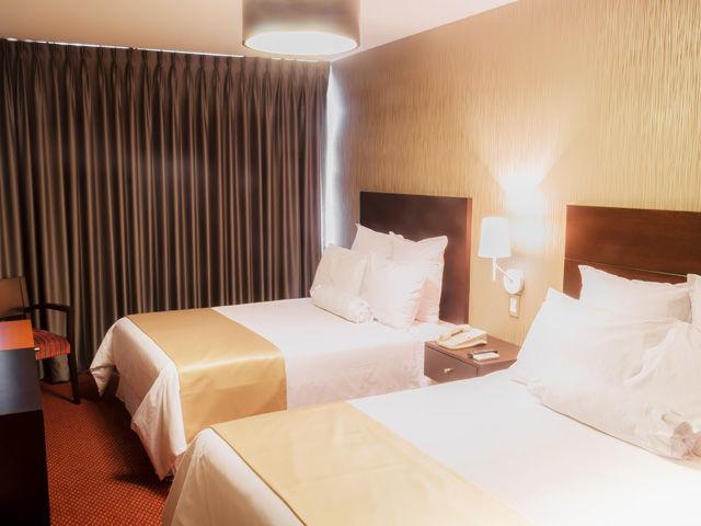 Thunderbird Hotels Carrera