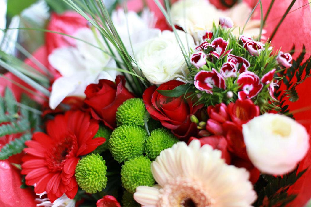Beispiel: Blumen, Foto: Gnädinger Floristik.