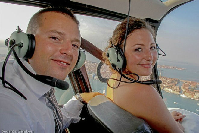 Sposi in Elicottero sopra San Marco