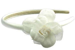 Beispiel: Blumenreif fürs Haar, Foto: Brautschmuck.org.