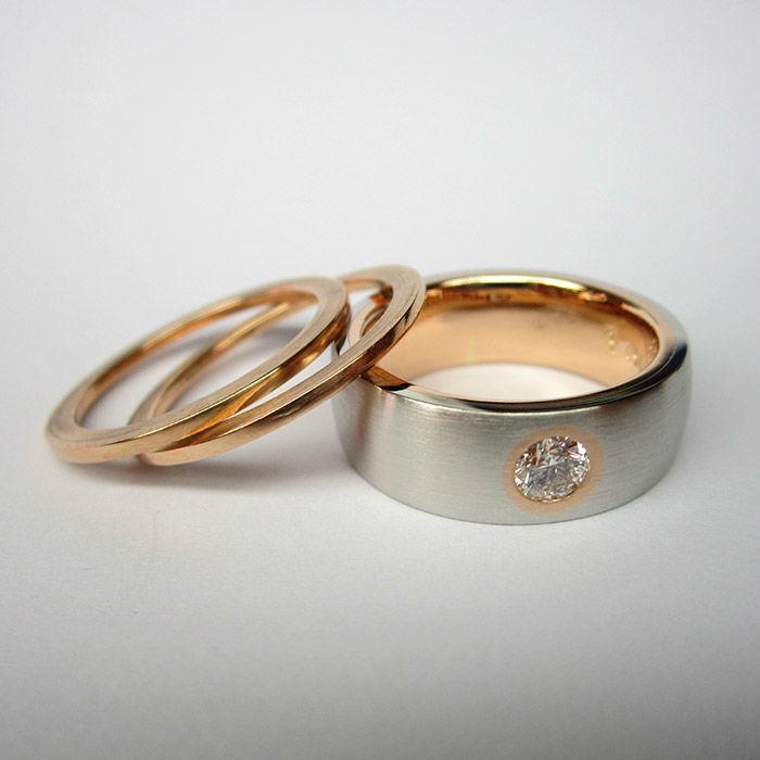 Beispiel: Trauringe in Gold in verschiedenen Breiten, Foto: Jürgen Wiedemann.