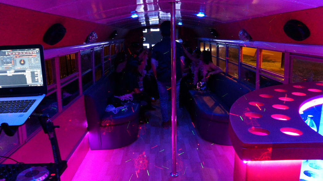 Lima Party Bus