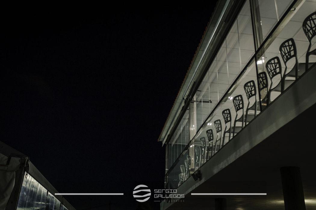 Terraza acristalada noche