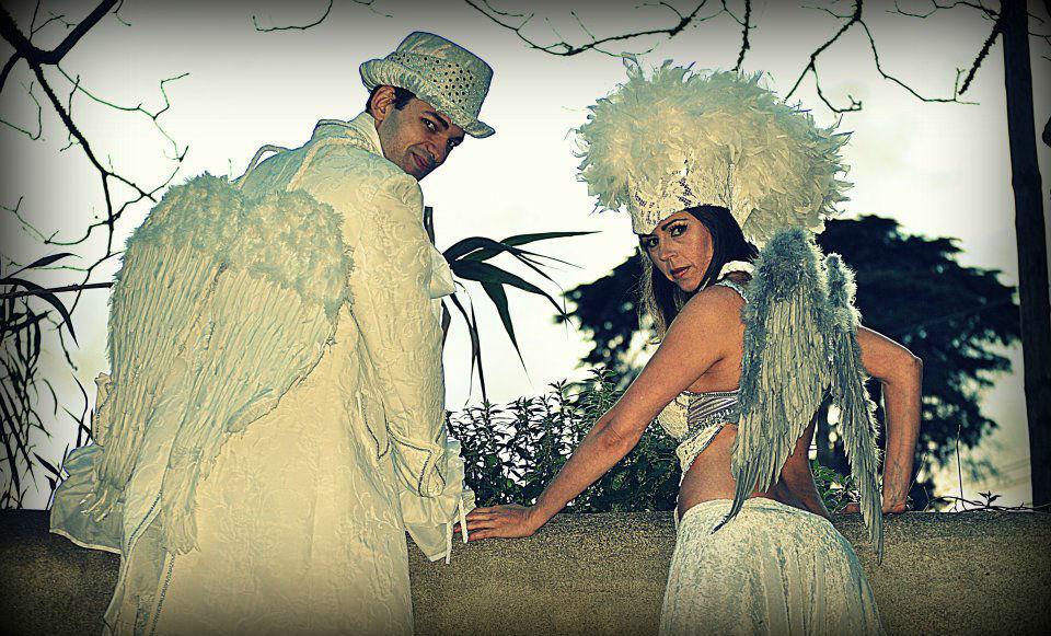 Receção aos convidados e Noivos - Anjos em Andas