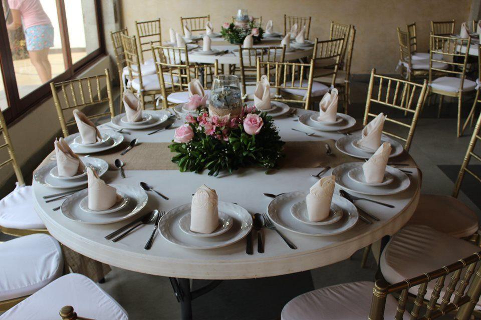 Banquetes y eventos Ale de Sosa