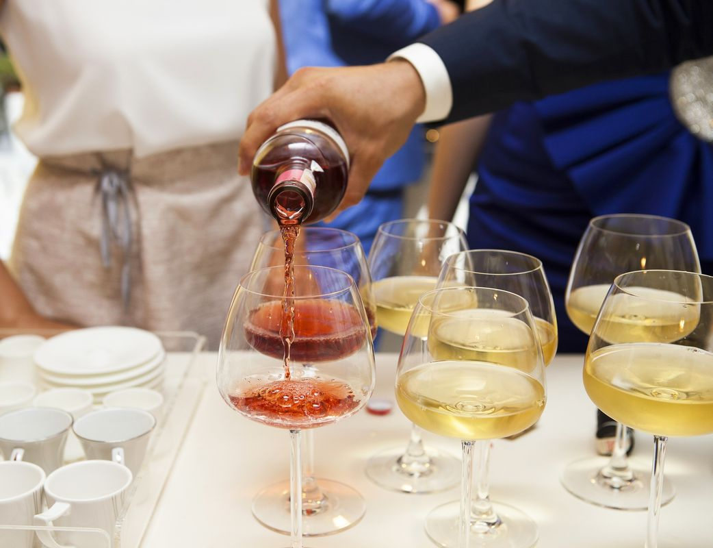 Vinos y Licores Kana