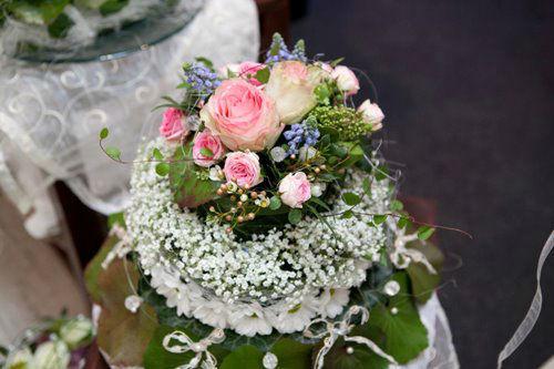 Beispiel: Hochzeitsfloristik, Foto: MauerBlümchen.